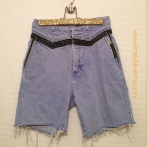 Rocky Mountain Pants - ROCKY MOUNTAIN VINTAGE HIGH WAISTED CUTOFF JEANS