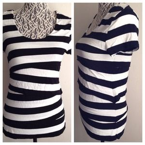 Vince Camuto // B&W Striped T-shirt