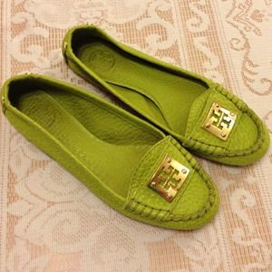 TORY BURCH  Lime Green Flats & Gold Coach Flats