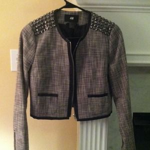 FLASH SALE!!! 🎉HOST PICK🎉 H&M Studded Blazer