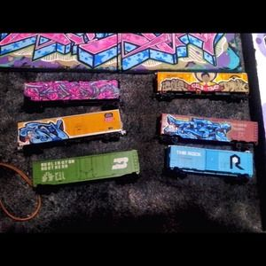Art. HO scale freights. Model trains. for sale