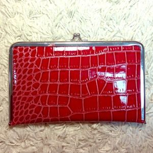 Alligator skin clutch/wallet