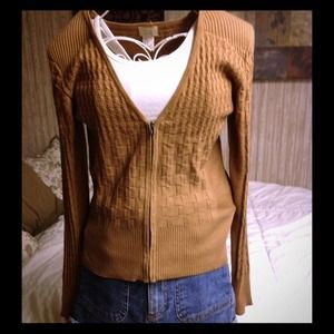 Camel colored zip up cardigan with sharp shoulder