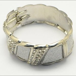 Jewelry - Beautiful Hinged Bangle with Stones