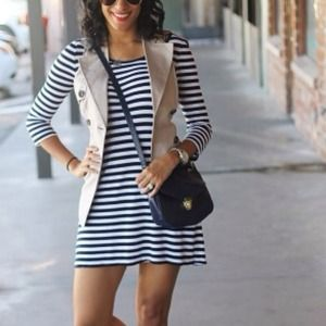 Dresses & Skirts - Stripe dress.