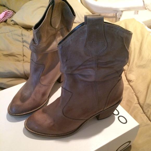 9ca865bd50e Aldo cowboy boots NWT
