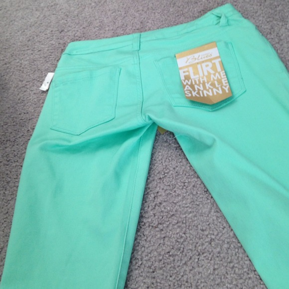 50% off celebrity blues Pants - Brand new mint Capri pants from ...