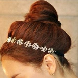 Accessories - ⚡️flash sale⚡️Rose gold headband