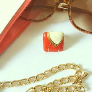 Vintage Jewelry - Red White and Gold Vintage Ring