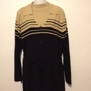 Laura Scott Sweaters - NWT Laura Scott tan & black sweater set, sz large