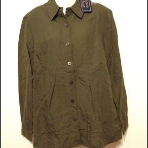 Laura Scott Tops - NWT Laura Scott olive long sleeve shirt sz medium