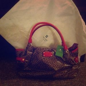 Price drop last time!!! New authentic Kate spade!