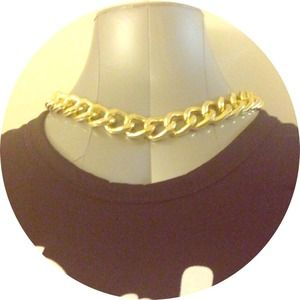 *REDUCED PRICE* // Gold chain necklace NWT