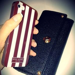 Henri Bendel  Accessories - Henri BENDEL iPhone 4/4s case