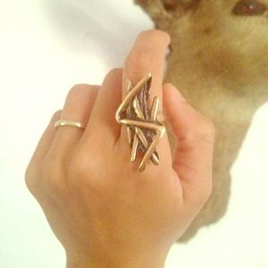 💥SOLD 💥Mania Mania Patti Ring Bronze Size 7