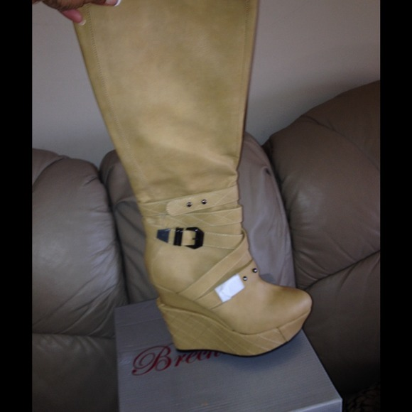 0fde3a1835c New boots in original box without tags