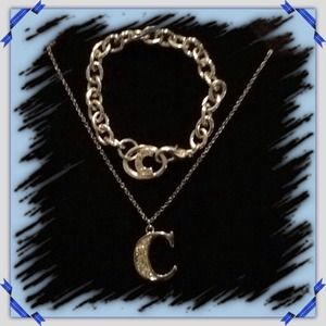 CC necklace & bracelet NWOT