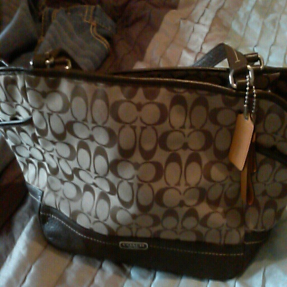 Coach Bags Leather Side Pockets And Bottom Poshmark