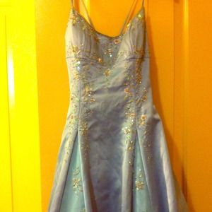 Night Way Size 4 Teal Prom/ Formal Dress