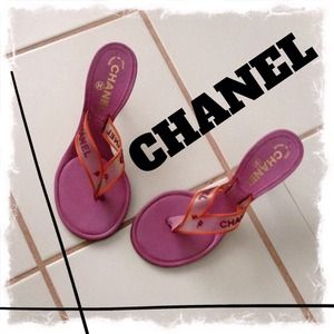 Gently Preloved CHANEL Sandals Size 7