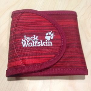 "Jack Wolfskin Accessories - Tri-Fold ""Rugged"" Wallet (Never Used)"