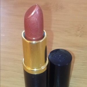 Estee Lauder Other - Bundle: 2 Estee lauder lipsticks💅