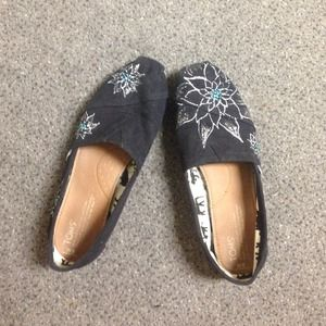 Black TOMS with flowers
