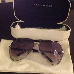 Marc Jacobs Accessories - Marc Jacobs frameless aviator sunglasses