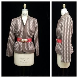 SALE - Brown and Cream plaid blazer Size Medium