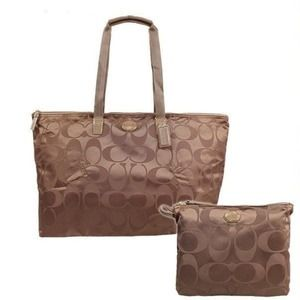 Coach packable weekender NWT / negotiable