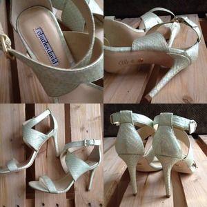 Charles David Shoes - S O L D