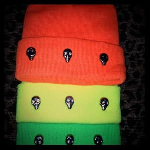 Skull studded beanie. (Neon orange, yellow, green)