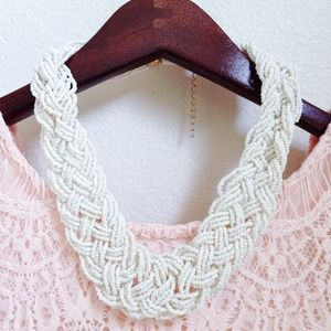 NWT! White beaded statement necklace