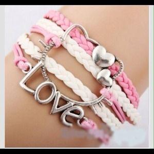 Jewelry - 💞💞HELLO KITTY💞💞