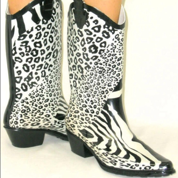75% off Nature Breeze Boots - SALE!NWOT Zebra cheetah cowboy rain