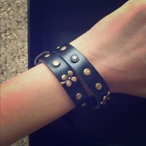 JewelMint black leather wrap bracelet NWT!