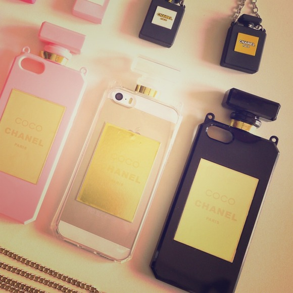 49% off CHANEL Accessories - Scent Chanel No.5 bottle iphone 5/5s case ...