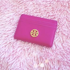 AUTHENTIC TORY BURCH MAGENTA CARD CASE