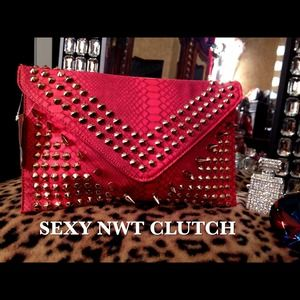 Clutches & Wallets - Gorgeous Sexy Crocodile Embossed Studded Clutch!