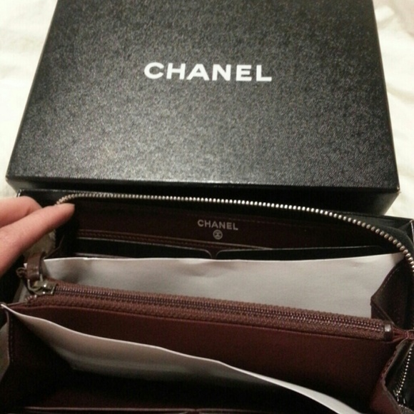 chanel zip wallet. chanel bags - sold!!!!! authentic l-gusset zip wallet chanel d
