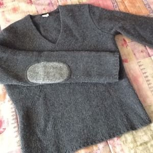 J. Crew Sweaters - ✨🔆2/17 HP🔆✨ 100% Lambs Wool Sweater