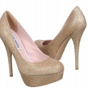 dcb8a499eb56 Steve Madden Shoes - Steve Madden gold glitter heels