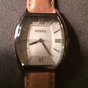 fossil style es3055 with tags