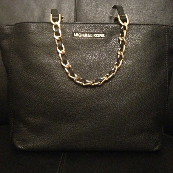 12d4460aac93 clearance michael kors harper large east west tote navy fa6d9 5a494