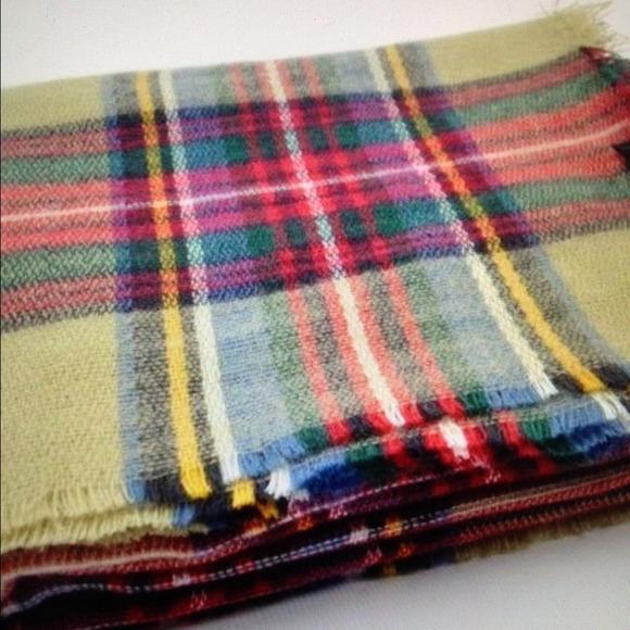 zara zara chic camel plaid tartan scarf wrap shawl from diana 39 s closet on poshmark. Black Bedroom Furniture Sets. Home Design Ideas