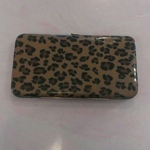 Leopard Clutch/Wallet