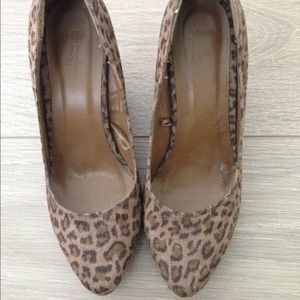 Forever 21 Shoes - Brand New cheetah print/leopard pump heels