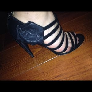 L.a.m.b black heels sz 8reduced