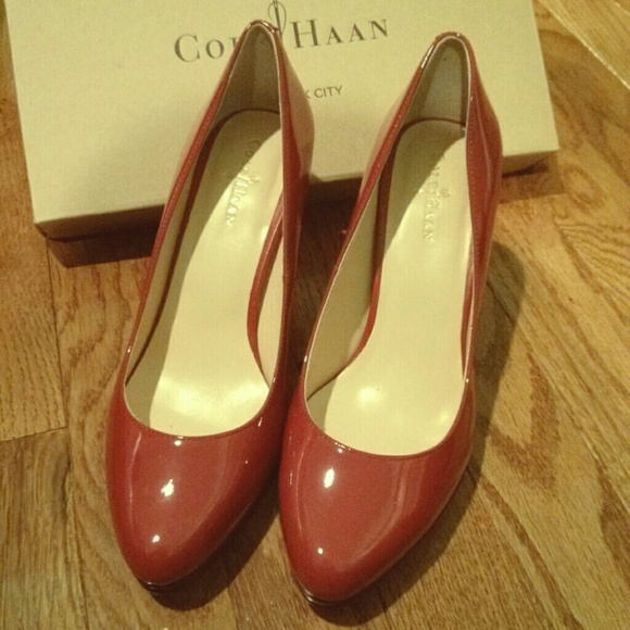 c176ed42f94 🆕Cole Haan Nike Air Margot II Red Patent Pumps NWT