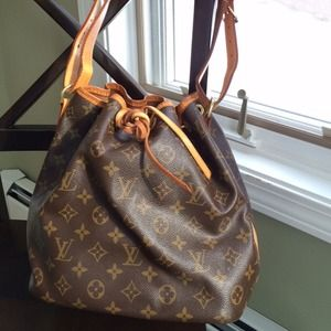 Authentic Louis Vuitton Petit Noe - Bucket Bag